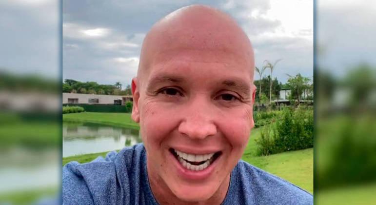 A felicidade de Caio Ribeiro em anunciar sua cura do câncer. Alívio na Globo