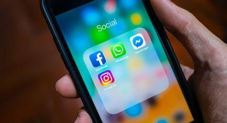 WhatsApp, Facebook e Instagram ficaram sete horas fora do ar na segunda-feira (4)