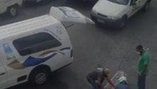 Carro funerário deixa caixão cair no meio da rua na zona norte de SP