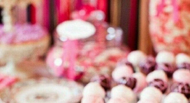 cake pop decorado para mesa de guloseimas
