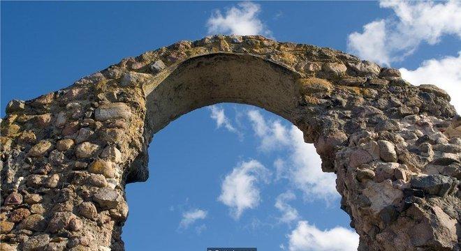 Os romanos criaram uma argamassa de cal e rocha vulcânica duradoura - e que não libera gases de efeito estufa