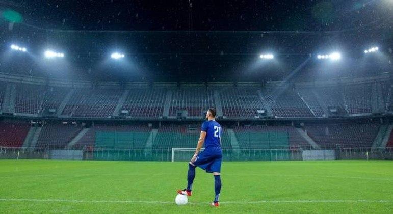 Estádio vazio, a constante no certame da Bota em 2020/2021