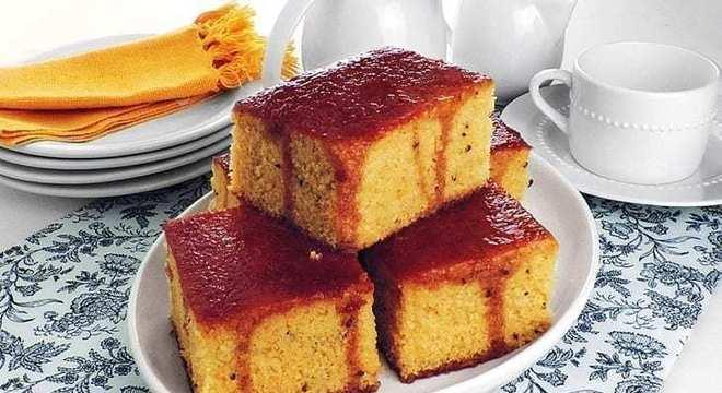 caldas de bolo canela