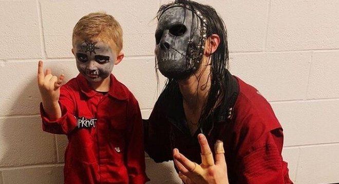 Slipknot convida baterista prodígio para subir ao palco e conhecer backstage