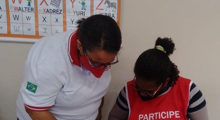 Projeto Ler e Escrever de alfabetização de adultos