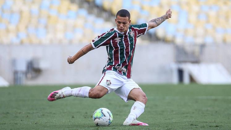 Calegari: lateral do Fluminense, 18 anos, contrato até agosto de 2021. Perdeu espaço recentemente na equipe, tendo atuado em sete oportunidades no Brasileiro