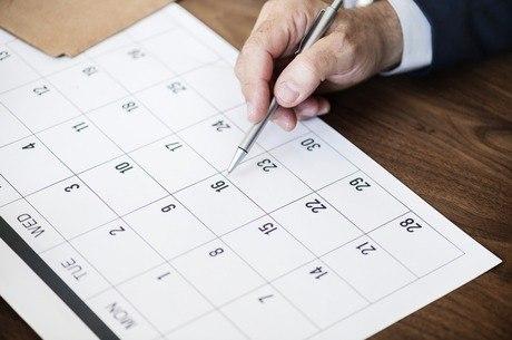Programe os feriados prolongados para 2020