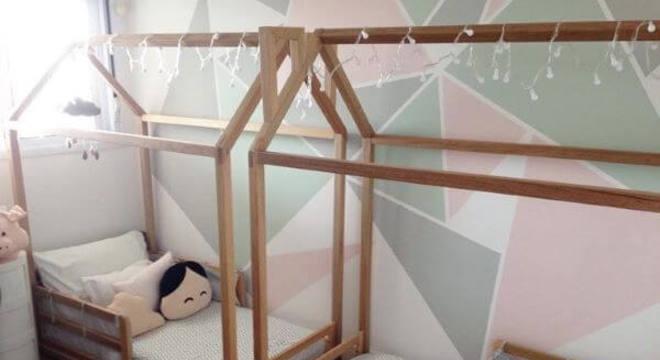Cama montessoriana para quarto compartilhado