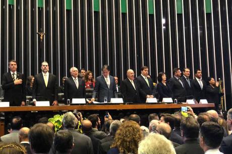 Autoridades em sessão solene do Congresso