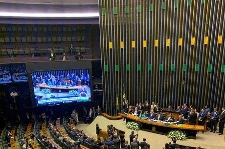 Bolsonaro ameaçou judicializar a questão