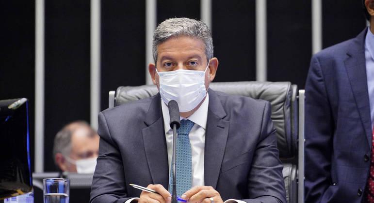 Lira instalou comissão especial para analisar PEC do voto impresso