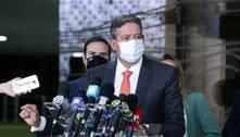 Governo prevê 400 milhões de doses até dezembro, diz Lira