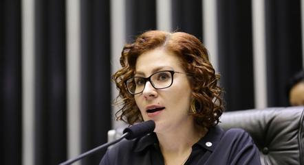 Na imagem, dep. Carla Zambelli (PSL-SP)