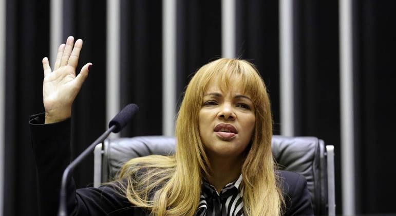 Flordelis durante sessão na Câmara do Deputados do Rio