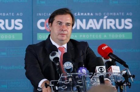 Câmara aguarda manifestação do Planalto sobre adiamento do Enem