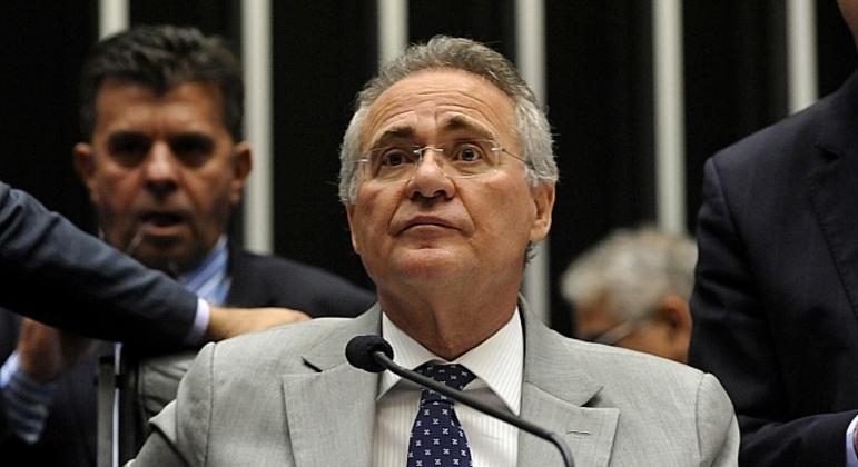 O senador Renan Calheiros apresentou projeto de lei que  concede anistia a hackers que vazaram mensagens