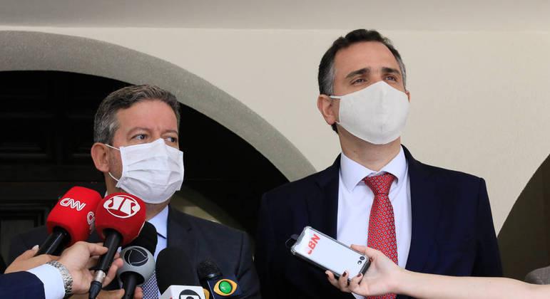 Os presidentes da Câmara, Arthur Lira, e do Senado, Rodrigo Pacheco, em entrevista sobre a reforma em fevereiro