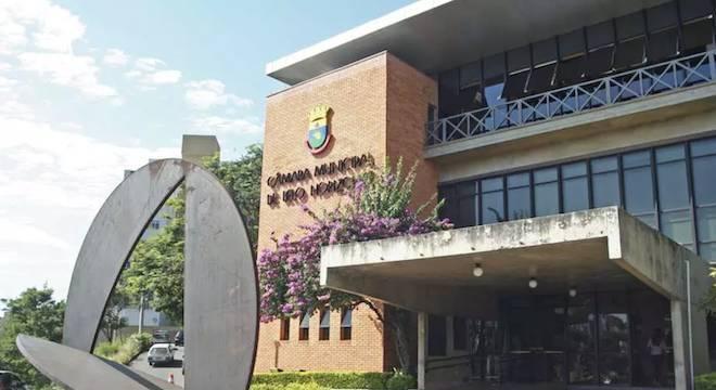 Legislativo municipal tem 41 vagas