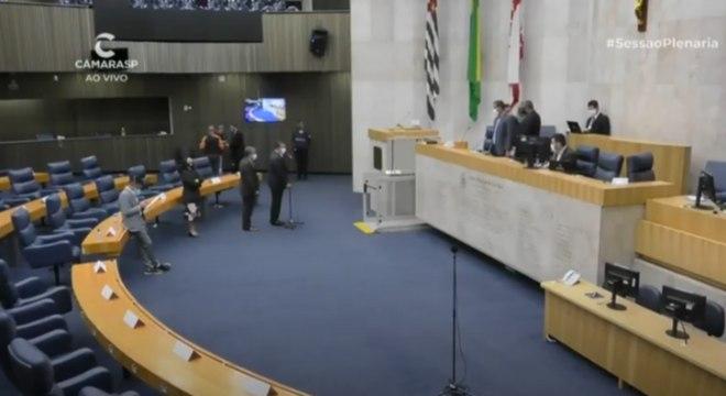 Câmara de SP retoma a realização de sessões de terça a quinta-feira