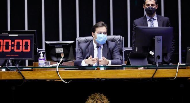 O presidente da Câmara, Rodrigo Maia, durante votação virtual no plenário