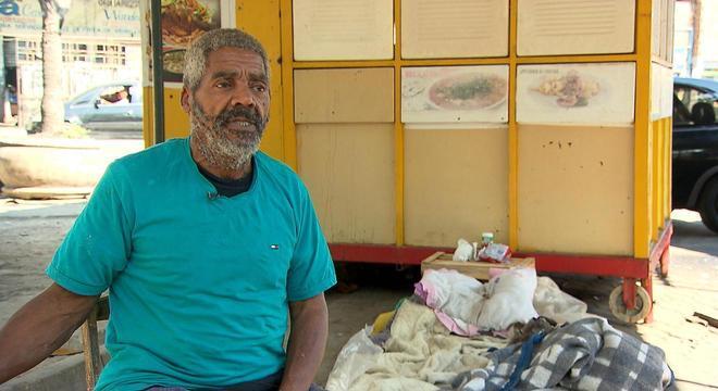 Edson Café conta com o apoio de uma fã para se afastar das drogas