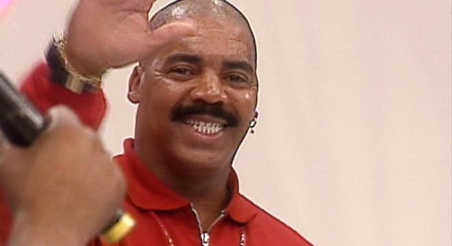 Edson Café comenta sobre o ressentimento com um integrante do Raça Negra