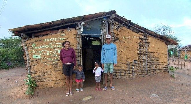 Câmera Record mostra como é a vida de brasileiros não possuem documentos