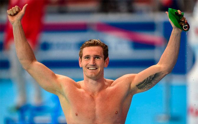 Cameron van der Burgh, medalhista de ouro na prova de 100m peito na Olimpíada de Londres, anunciou pelas redes sociais que foi infectado com coronavírus.