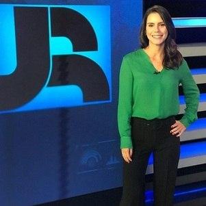 """Camila Busnello vai apresentar o """"JR News"""" com Augusto Nunes"""