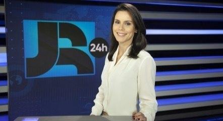 Camila Busnello é uma das apresentadoras do Boletim JR 24 Horas