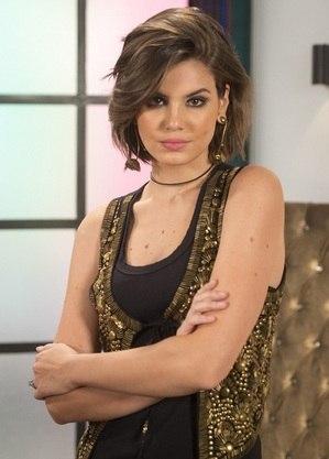 Camila Queiroz grava novela para Globoplay e prepara estreia na Netflix