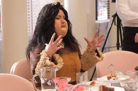 Sophia sonhou que comia até quase explodir