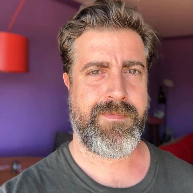 """Camilo Pellegrini lidera equipe de roteiristas de """"Gênesis"""""""