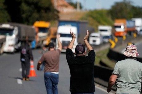 Protesto de caminhoneiros afeita indústria de carnes