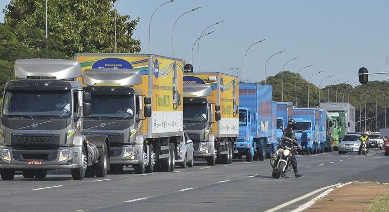Aumento do frete se dá em meio a uma movimentação de um grupo de caminhoneiros por uma nova greve em fevereiro