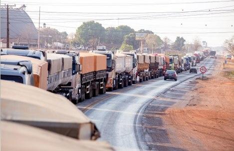 Pós sete de setembro, Bolsonaro faz apelo a caminhoneiros por fim de manifestação