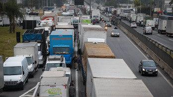 __Protesto de caminhoneiros e tucano preso: veja os destaques__ (Reprodução)