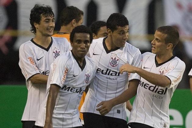 Camisa 1 do Corinthians em 2008 - Gola em