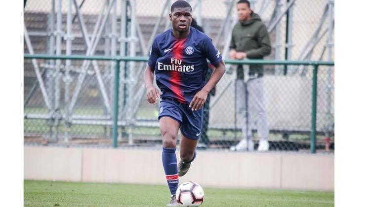 Camisa 36: Junior Dina Ebimbe (meio campista - 20 anos - francês) - Valor de mercado: 6 milhões de euros (R$ 36,7 milhões)