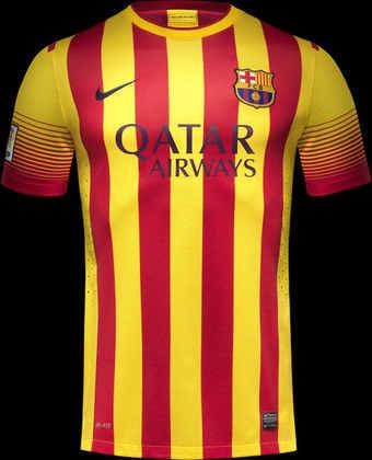 Camisa away Barcelona 2013/2014 - No ano em que Neymar chegou ao Barcelona, o clube usou uma camisa com as cores em homenagem à bandeira da Catalunha. Com este uniforme, inclusive, o craque brasileiro marcou seu primeiro gol pela equipe