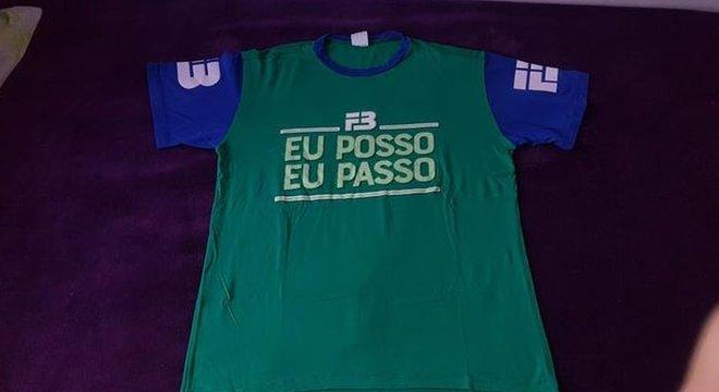 Para professor de cursinho de Fortaleza, camisa serve para motivar os estudantes