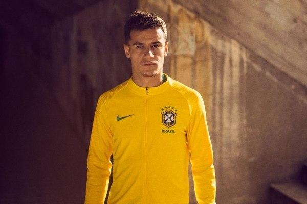 626f96e25e Camisa da seleção brasileira para a Copa de 2018 é divulgada - Fotos - R7 Copa  2018