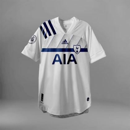 Camisa do Tottenham com Adidas (fornecedora atual: Nike)
