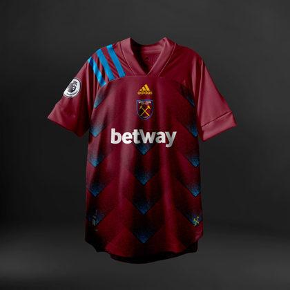 Camisa do West Ham com Adidas (fornecedora atual: Umbro)