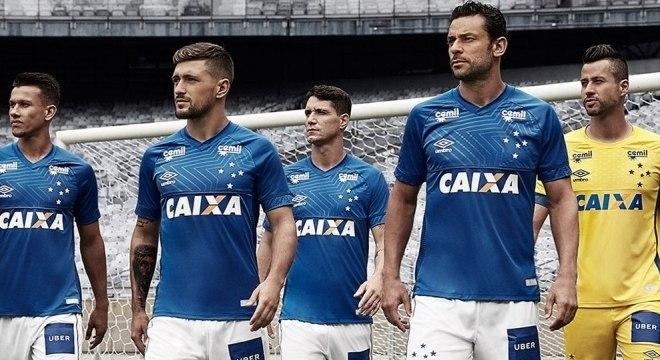 Cruzeiro divulga nova camisa 1 para a temporada 2018 - Prisma - R7 ... cce233ed8fd76