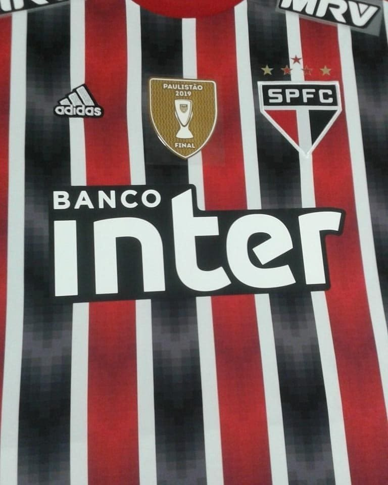 acbe525ff52 Nova camisa reserva do São Paulo deve ter estreia domingo  veja fotos -  Esportes - R7 Lance