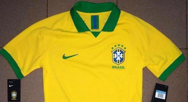 Provável camisa 1 da seleção para Copa América tem fotos reveladas ... 610cb8dbf1cbf