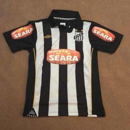 Camisas dos times da atual Serie A em 2010: Santos