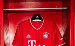 A equipe fez questão de divulgar sua nova camisa nas redes sociais do clube