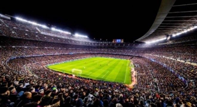 Camp Nou era um dos lugares para se expressar durante a ditadura espanhola